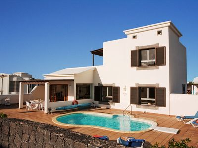 Photo for Luxury villa in Playa Blanca, Lanzarote with sea view and private pool