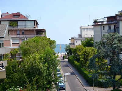 Photo for Apartment in Venice Lido just steps from the beach