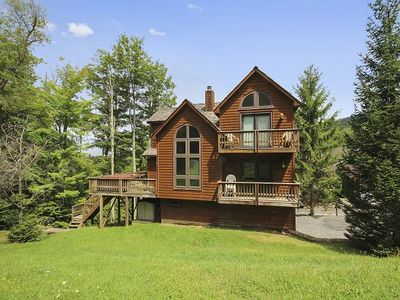 Great Views! Mountain Retreat! Game Room, Hot Tub! Fire Pit! Sleeps 15