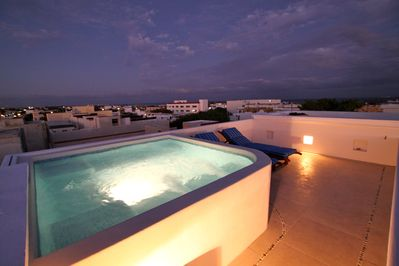 Highest rooftop in Playa with 360° views of city and sea