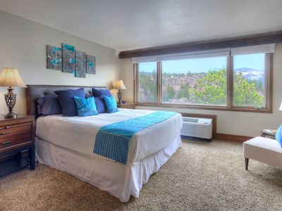 Photo for Condo with Mountain and Golf Course Views plus Pool Spa and Gym
