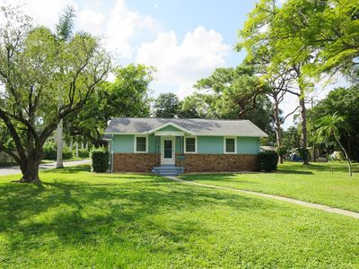 Photo for Cottage in Bradenton Close to Downtown and Anna Maria Island