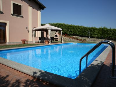 Photo for CAMELIA BRACCIANO 165 sqm, 3 LARGE ROOMS / POOL OPEN / PING PONG / FOOTBALL TABLE / BBQ