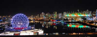 Photo for Luxury Apartment overlooking False Creek inlet