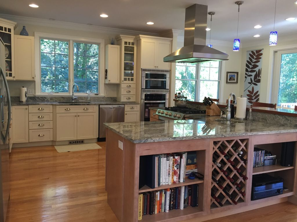 pristine home huge kitchen open floor homeaway eastham