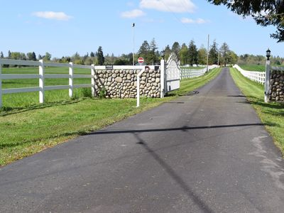 Photo for Peaceful Country Retreat Near PDX and ILANI