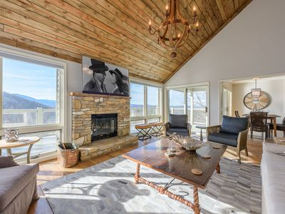 Photo for 3BR/3BA Blowing Rock Charmer with Long Range Mountain Views, Hot Tub, Loft with Game Table, King Master Suite