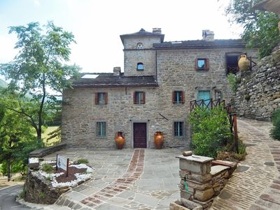 Photo for Halved: accommodation in old house of 700 in the valley of the river Santerno