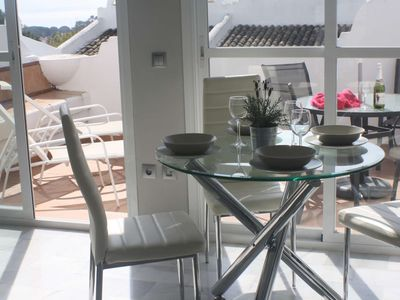 Photo for 2 bed apartment in very popular resort, close to beach.