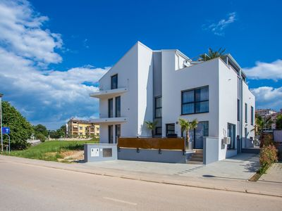 Photo for Holiday home within walking distance of the center and beach of Funtana, Porec at 7 km