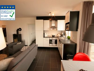 Photo for Ground floor apartment with sauna, Jacuzzi and fireplace, 3-D LED TV, overlooking the green / lawn game