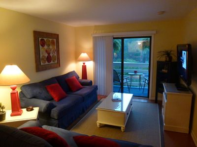 COMFORTABLY close to Beach, Poolside, Balcony, toys, 47' HDTV/APPS/Wifi/Wii