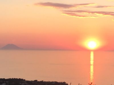 Photo for Tropea. Detached guest house with panoramic sea views, overlooking Tropea