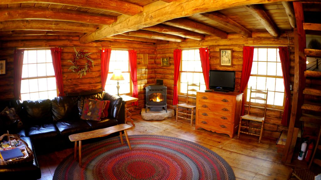 Romantic Log Cabin In Jackson, New Hampshire, Jackson