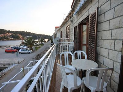 Photo for Two bedroom apartment with balcony and sea view Brna (Korčula) (A-7553-b)