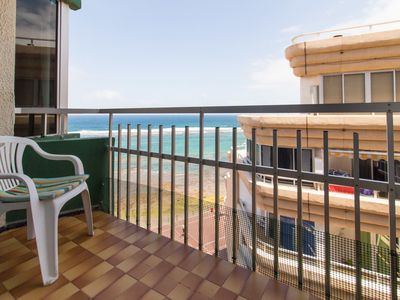 Photo for Nice apartment in front the beach