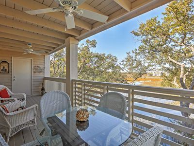 Photo for Terrific 2BR Seabrook Condo w/Private Porch!