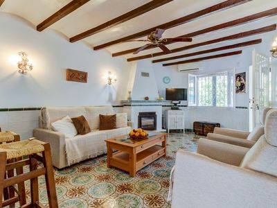 Photo for Cozy townhome just moments from restaurants & Almadrava Beach!