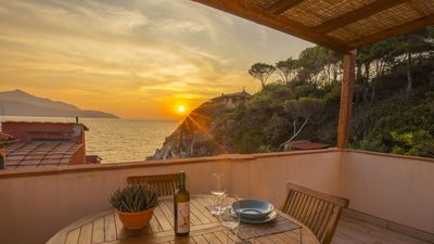 Photo for Luxurious two-room apt. with sea view terrace on Scaglieri beach