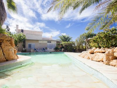 Photo for 6 bedroom Villa, sleeps 12 with Pool, Air Con and Walk to Shops