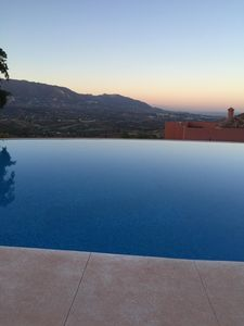 Photo for MARBELLA / ELVIRIA / LA MAIRENA / App large and luxurious. / Views extaordinaires.