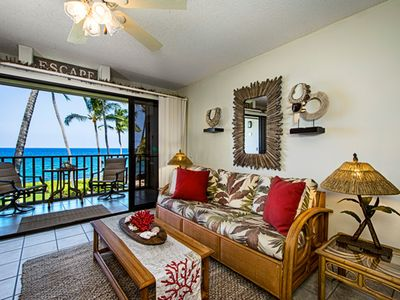 Photo for Kona Isle E23 DIRECT OCEAN FRONT, Wifi, 2nd floor, Gorgeous 1/1