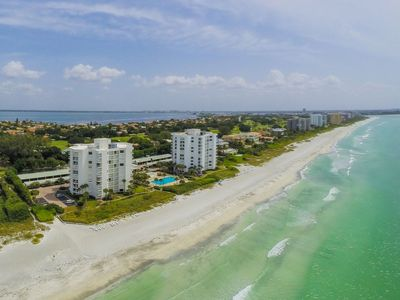 Photo for Elegantly updated condo on the 4th floor in the exclusive Longboat Key Club