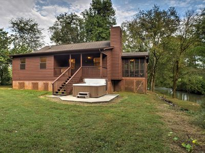 Photo for 2BR Cabin Vacation Rental in Ooltewah, Tennessee
