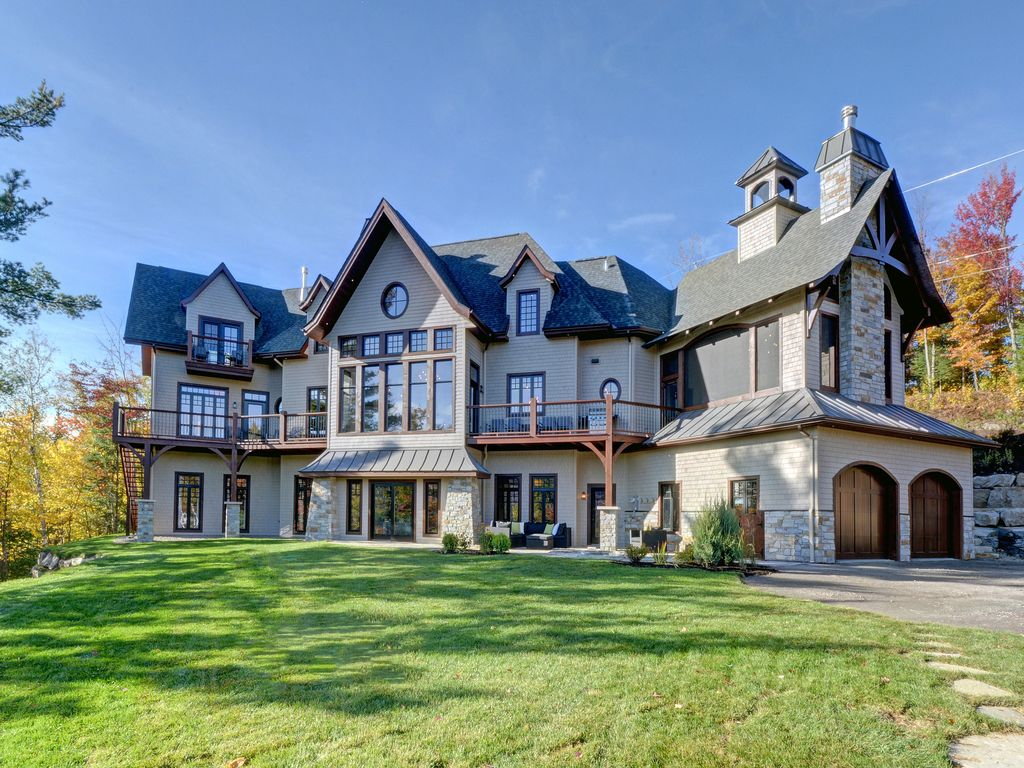Fabulous Brand New Castle In The Sky Mont Tremblant
