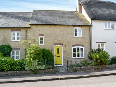 Photo for 3 bedroom accommodation in Broadwindsor