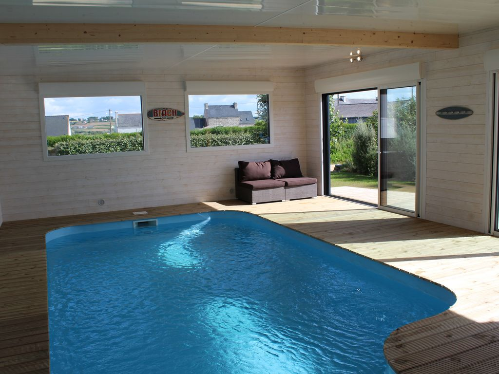 Confortable Vacation Villa Seaside Private Indoor Swimming Pool And Jacuzzi Tub Plouescat