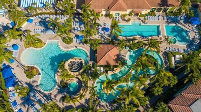 3 pools, lazy river, gym and much more !!!