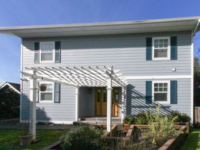 Photo for Dog-friendly home w/ deck, balcony & ocean/bay views - near beaches, state parks