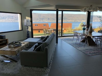 Photo for Contemporary villa with 180 ° lake view