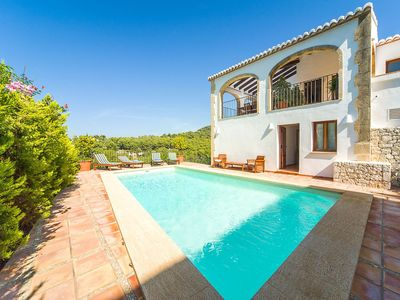 Photo for Beautiful private villa for 8 people with private pool, A/C, internet, TV and parking