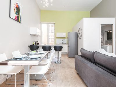Photo for Modern and peaceful Flat in the heart of Lyon