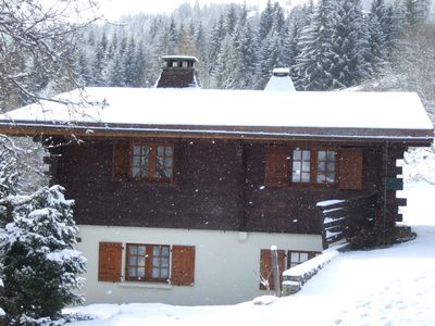 Photo for Comfortable chalet apartment with stunning views of Mt Blanc