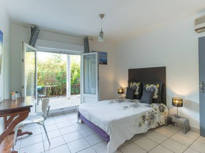Photo for THE PETREL. Beautiful comfortable apartment at Etang-Salé-les-Bains, near beach.