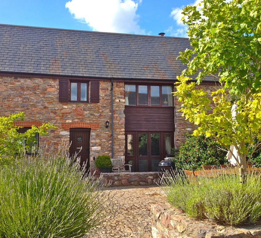 BARN OWL COTTAGE 5 STAR CONVERSION IN SOUTH DEVON