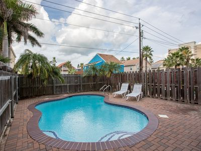 Photo for Townhome w/ private pool, deck, & patio - just 1/4 block to beach!