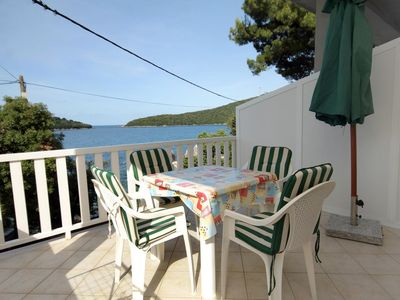Photo for One bedroom apartment near beach Molunat (Dubrovnik)