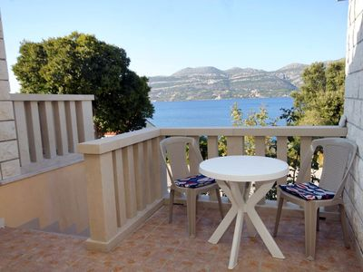 Photo for One bedroom apartment with terrace and sea view Tri Žala (Korčula)