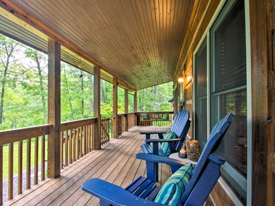 Photo for NEW! Cozy Fleetwood Cabin Near Hiking & Fishing!
