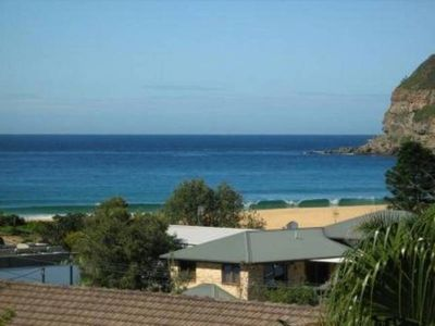 Photo for Jeans beach house. Views, 200m to waterfront