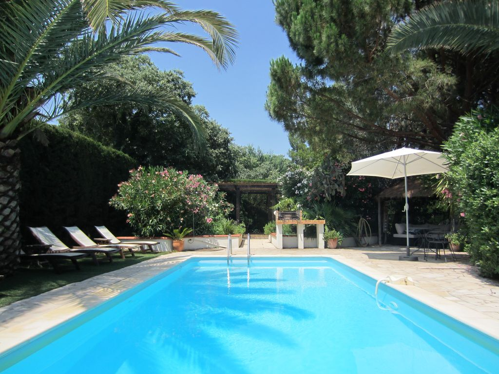 Spacious Modernised Villa With Private Swim Homeaway