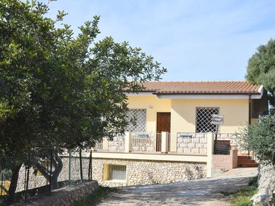 Photo for House with panoramic terrace, few km from the sea and from the city of Syracuse