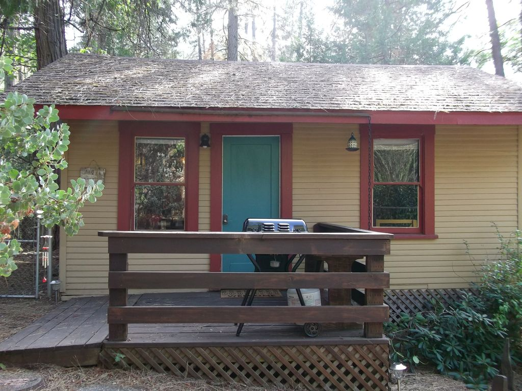 california states majestic united america hotel hotels park north cabin cabins travel destinations rental patio national usa the review yosemite