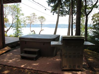 Relax in our new 6 person jetted spa with a fantastic Hood Canal view.