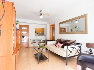 Photo for Torremolinos Hawaii Beach apartment in Torremolinos with WiFi, air conditioning & private terrace.