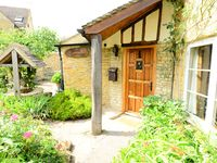 An absolutely charming cottage in the Northern Cotswold Region